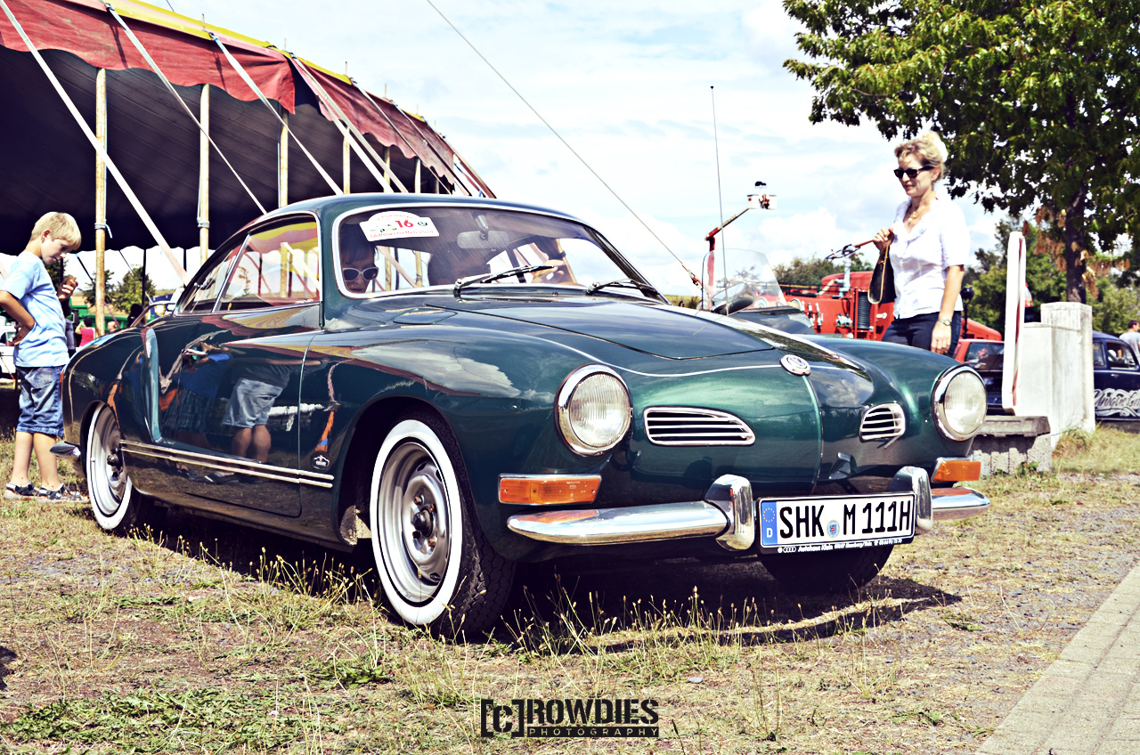 Awesome Classics 2015 - VW Karmann-Ghia grün