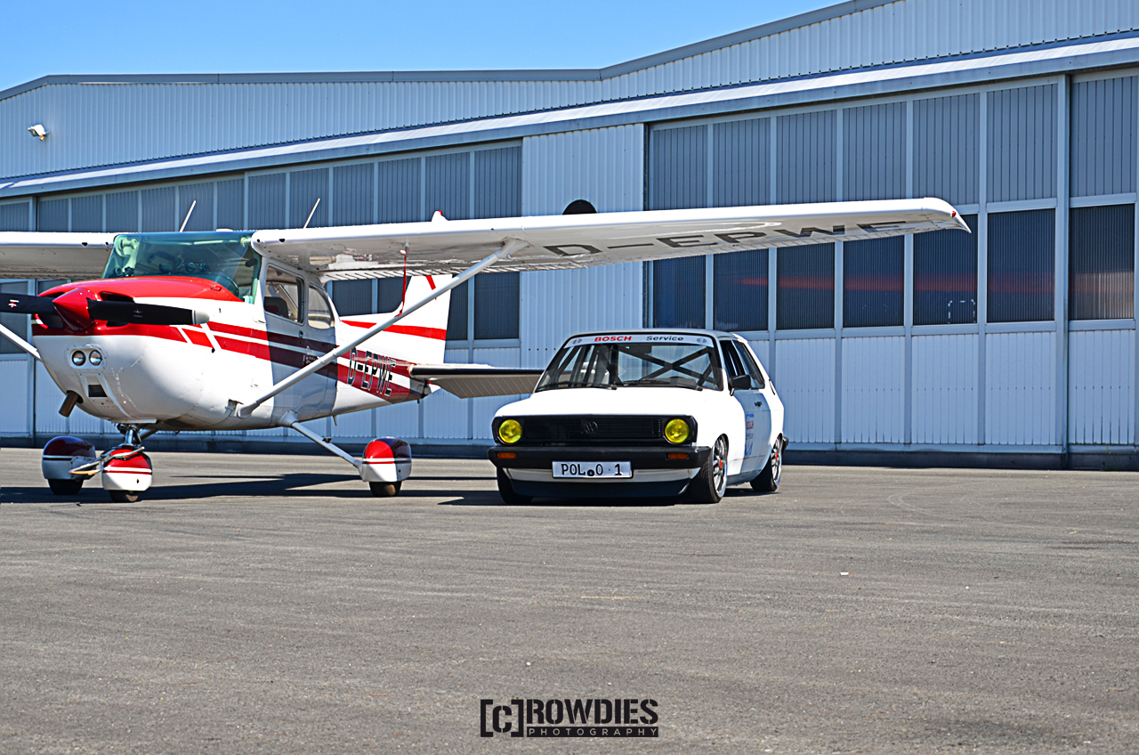 Performance on Wheels - Flugzeug-Shooting - Polo 86C Bosch