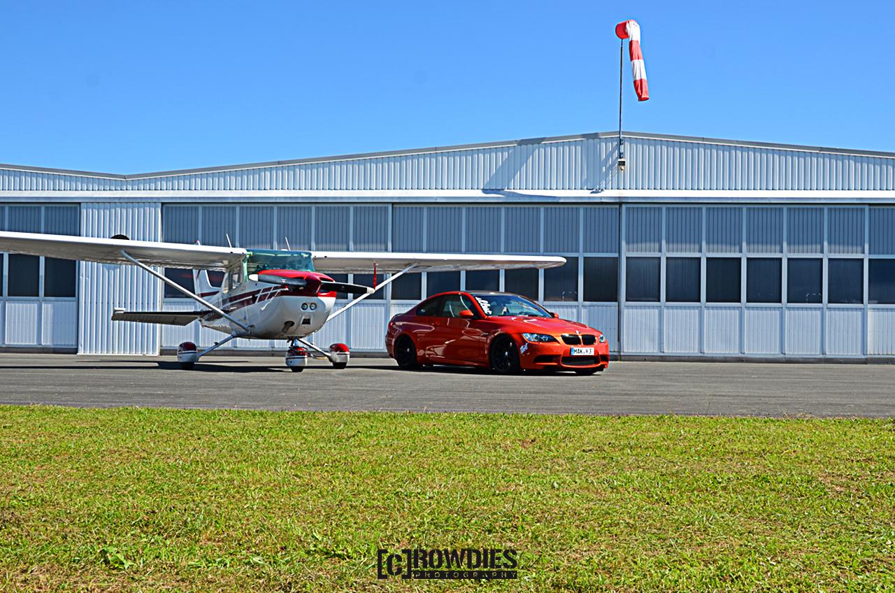 Performance on Wheels - Flugzeug-Shooting - BMW M3