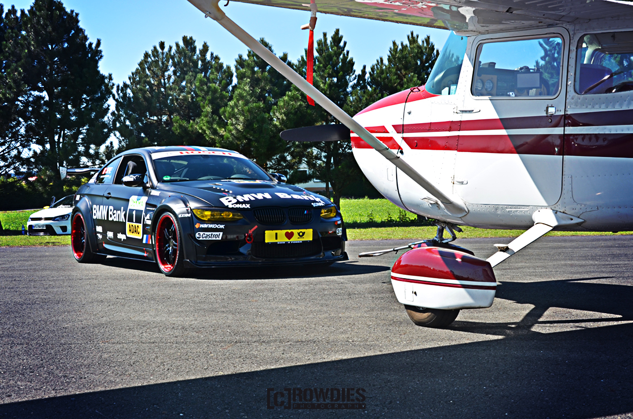 Performance on Wheels - Flugzeug-Shooting - DTM Look BMW M3